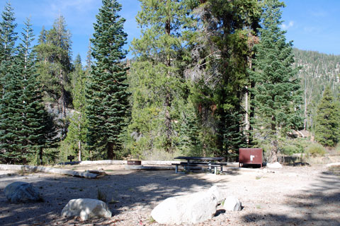 Find easy access to Devils Postpile National Monument.