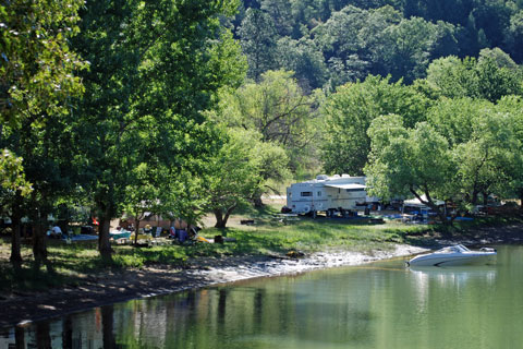 Greenhorn Campground, Rollins Lake, Central California campgrounds