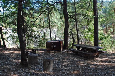 Clark Springs Campground - Trinity Lake