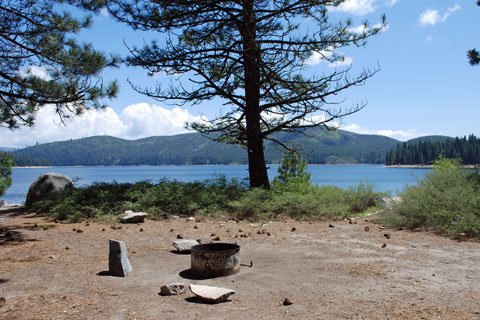 Camino cove campground union valley reservoir for Union valley reservoir fishing