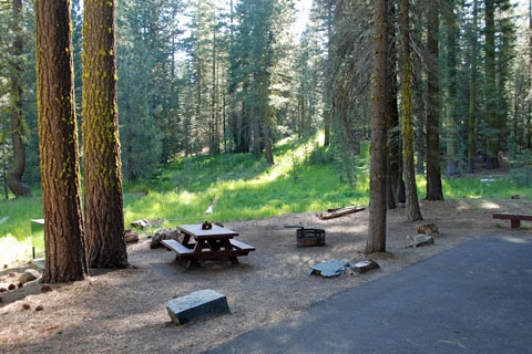 East Meadow Campground At Jackson Meadows Reservoir